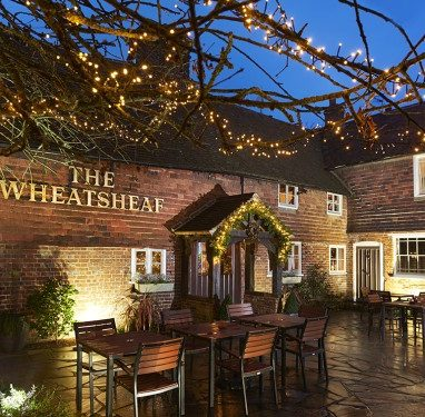 wheatsheaf exterior with lights 750 x 365px